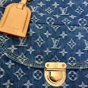 Louis Vuitton Bags - Louis Vuitton Denim Sac Plat Tote
